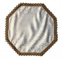 Urnahordozó takaró - indás fehér